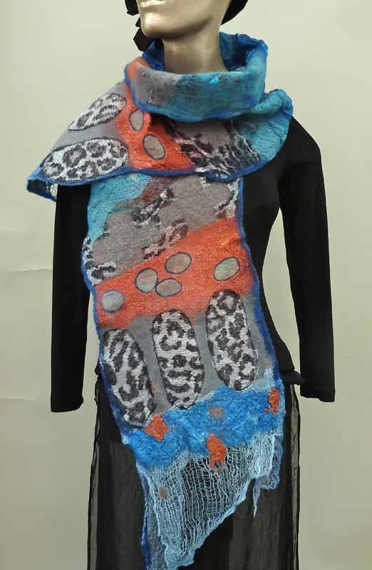 suzies blue scarf